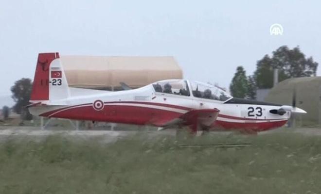 Ege'de denize düşen eğitim uçağındaki pilotlar kurtarıldı