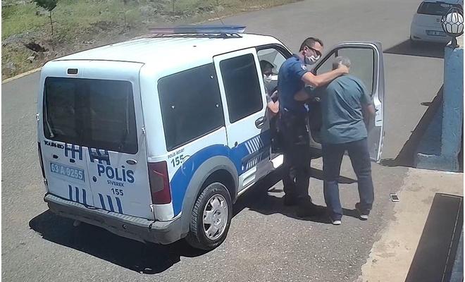 Şanlıurfa'da polisin öğretmeni darp ettiği anlar güvenlik kamerasında