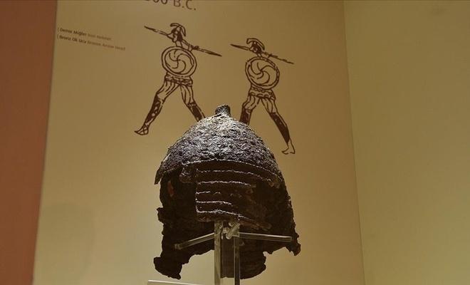 Müzenin en nadide eseri: 2 bin 800 yıllık demir miğfer