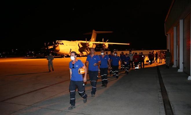 Lübnan'da görev yapan arama-kurtarma ekipleri Türkiye'ye döndü