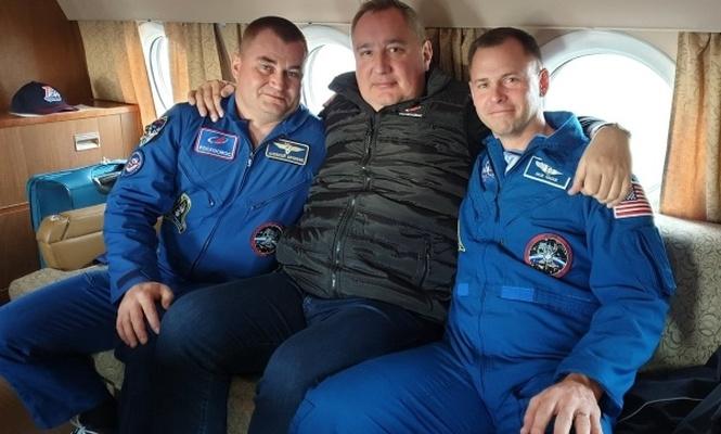 Rusya`da insanlı uçuşlar askıya alındı