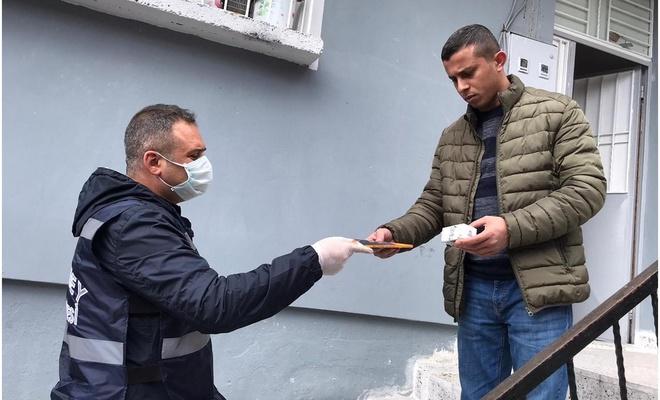 Gaziantep'te 'Evde Kal'anlara çeşitli hediyeler veriliyor