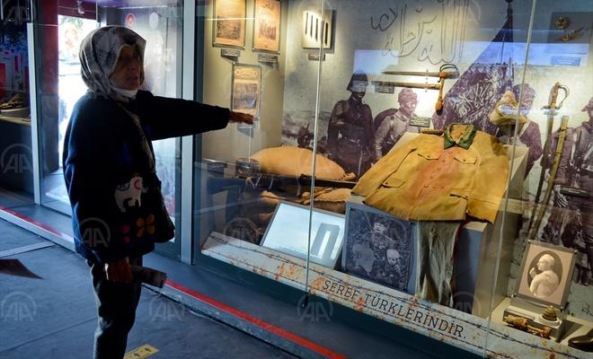 """""""Çanakkale Savaşları Mobil Müzesi"""" Mersin'de ziyarete açıldı"""
