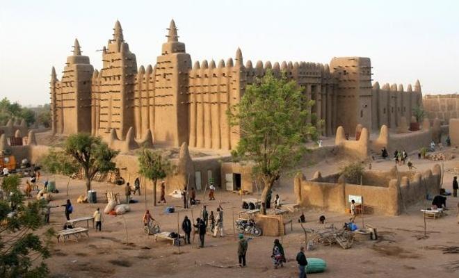 Mali'de iki köye silahlı saldırı: 41 ölü