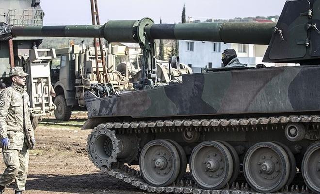 Suriye sınırına fırtına obüsü ve zırhlı araç sevkiyatı