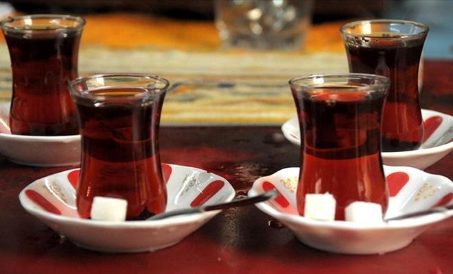 Çayı iftarda çok, sahurda az için...