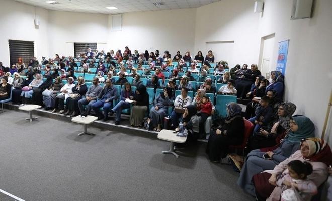 Kadınlara madde bağımlılığı semineri verildi