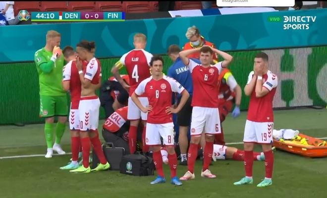 Christian Eriksen bir anda yere yığıldı!