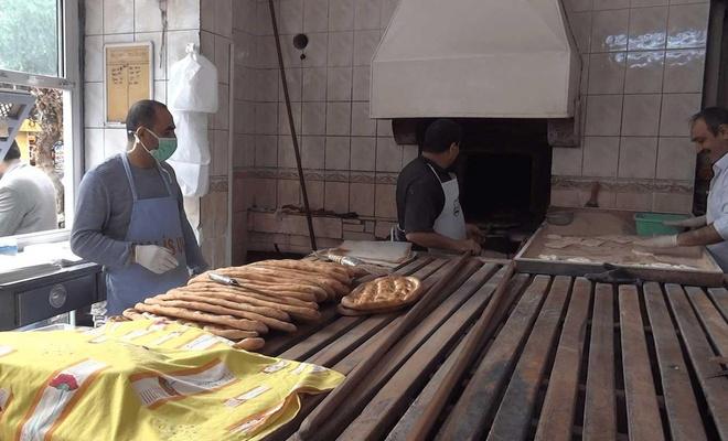 Fırıncılar, salgın nedeniyle ekmek üretiminde hijyene daha çok önem vermeye başladı