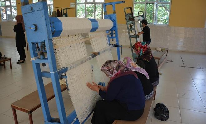 """""""Dokuyan Eller"""" Projesi, Besni Belediyesi tarafından hayata geçirildi"""