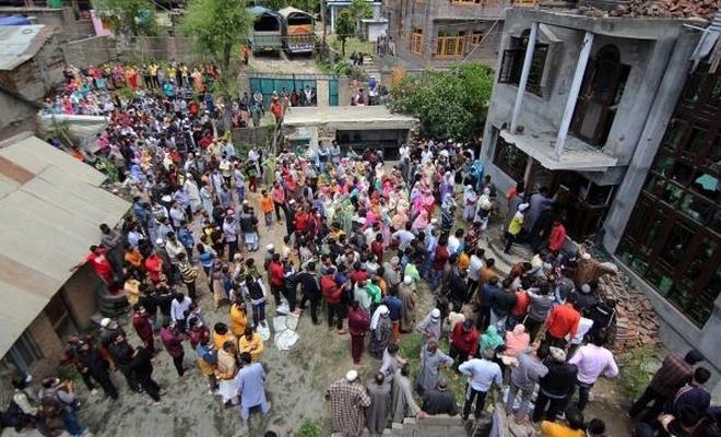 Cammu Keşmir'in özel statüsü 2 yıl önce kaldırıldı