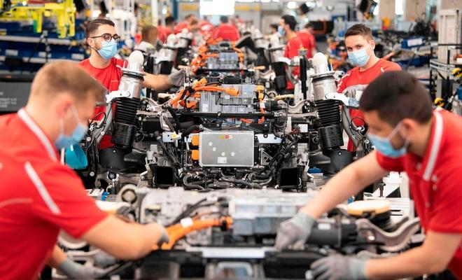 Pandemi Alman ekonomisini 2025'e kadar etkileyecek