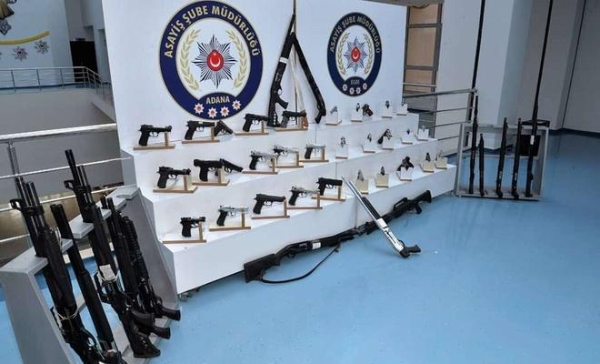 Adana'da çeşitli suçlardan aranan 257 kişi yakalandı