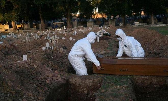 Brezilya'da ölü sayısı 100 bine dayandı!
