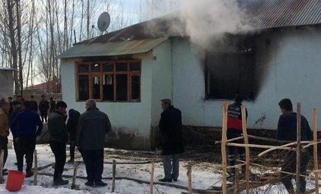 3 ve 4 yaşlarındaki kız kardeşler evde çıkan yangında yaşamlarını yitirdi