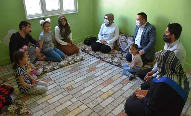 Bağlar Belediye Başkanı Beyoğlu ev ziyaretlerine devam ediyor