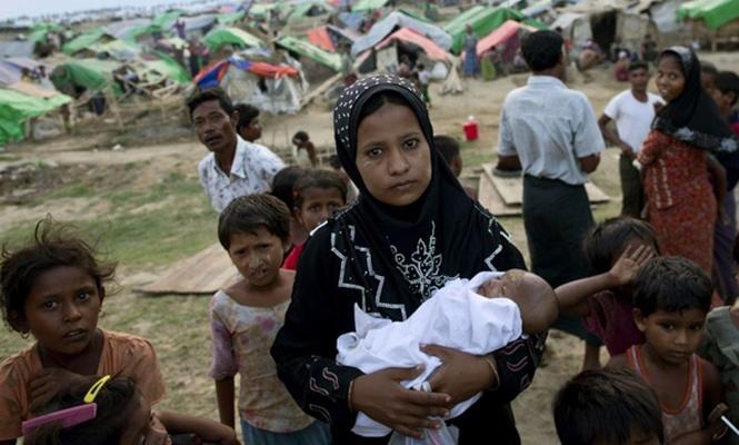 320 bin Arakanlı çocuk tehdit altında