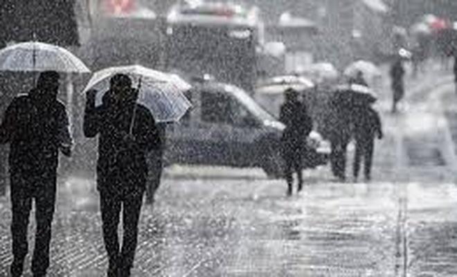 Meteoroloji saat verip uyardı! İstanbul'a  Sağanak geliyor