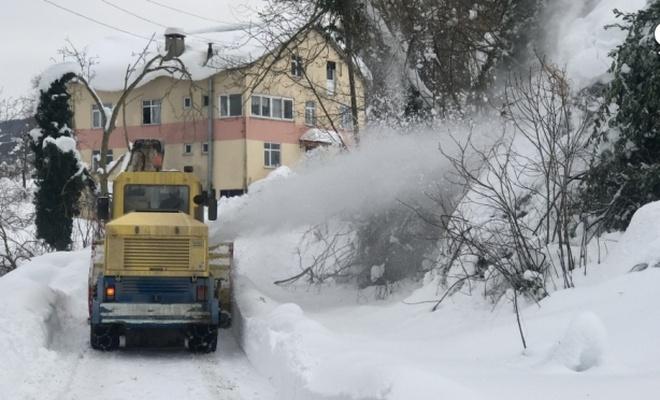 Kastamonu'da kar nedeniyle 111 köy yolunda ulaşım sağlanamıyor