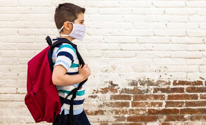Pandemi döneminde ebeveynler çocuklara nasıl yaklaşmalı?