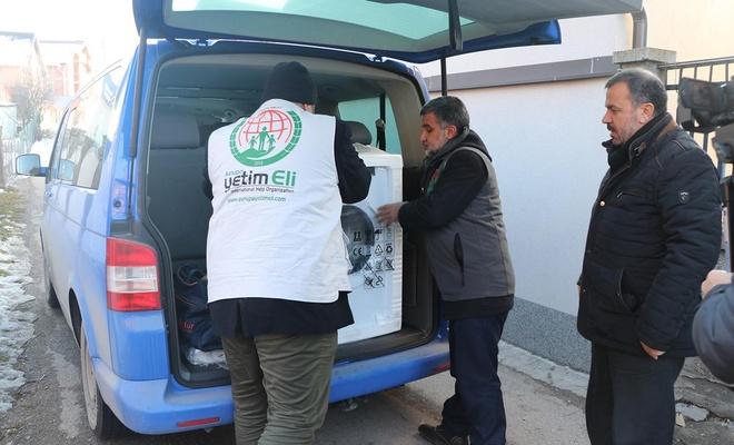 The European Yetim Eli distributes aids in the Balkans