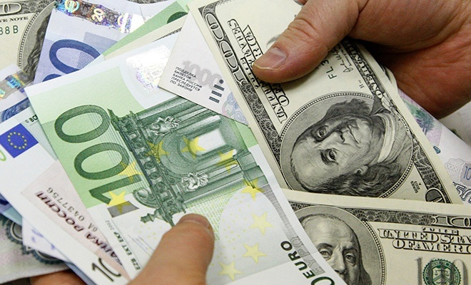 Serbest piyasada Dolar ve Avro fiyatları