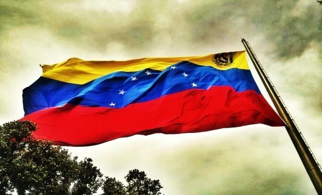 Rusya, ABD`yi Venezüella`nın egemenliğine saldırmakla suçladı