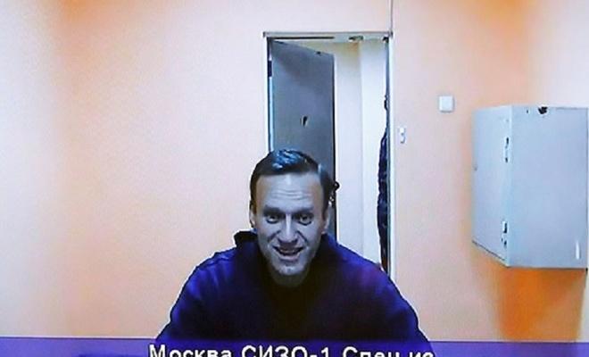 Rus muhalif Navalny'nin tutukluluğunun devamına karar verildi
