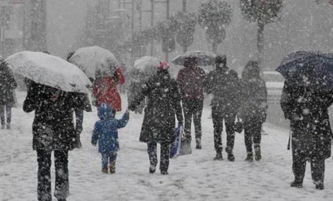 İstanbul'da kar yağışı ile ilgili son dakika açıklaması! Gün ve saat verildi