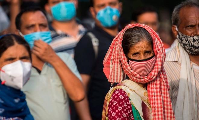 Son 24 saatte Hindistan'da 809, Brezilya'da 317 kişi öldü