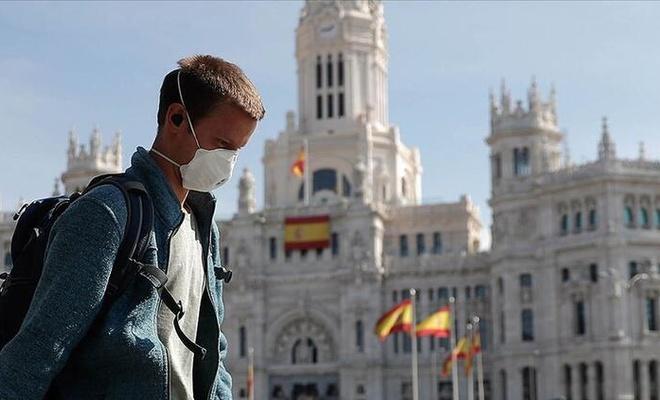 İspanya'da Kovid-19'da son 3 günde vaka sayısı 31 bin 785 arttı