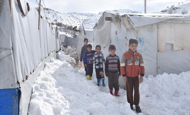 60 bin Suriyeli hayatta kalma mücadelesi veriyor