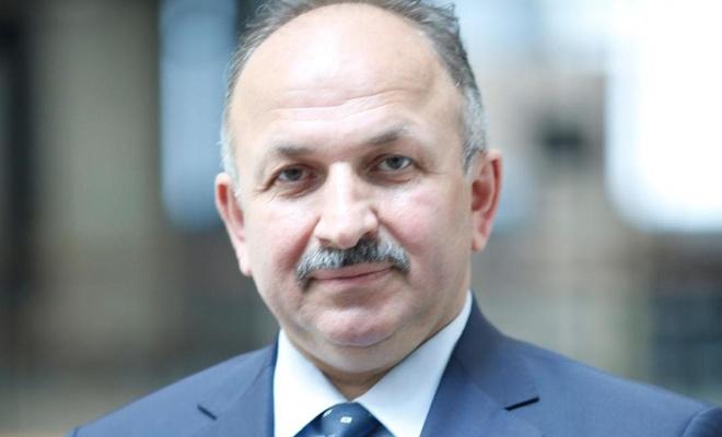 Bilim Kurulu Üyesi Prof. Dr. Öztürk, Covid-19 ile ilgili önemli bilgiler paylaştı