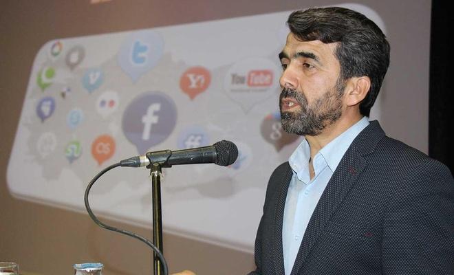 'Sosyal medyayı bala da zehre de çevirmek elimizde'