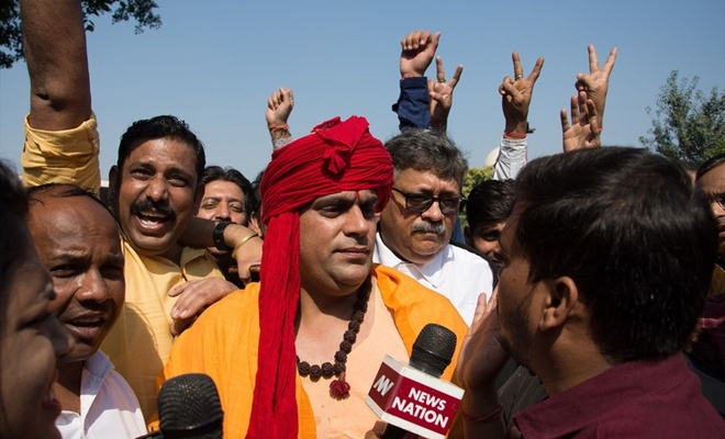 Hindistan Yüksek Mahkemesi Babri Camisi anlaşmazlığında Hindular lehine karar verdi