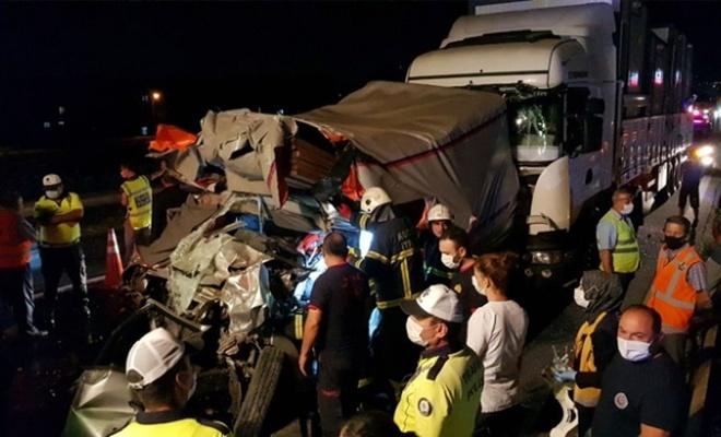 Kocaeli'de zincirleme trafik kazası: 1 ölü