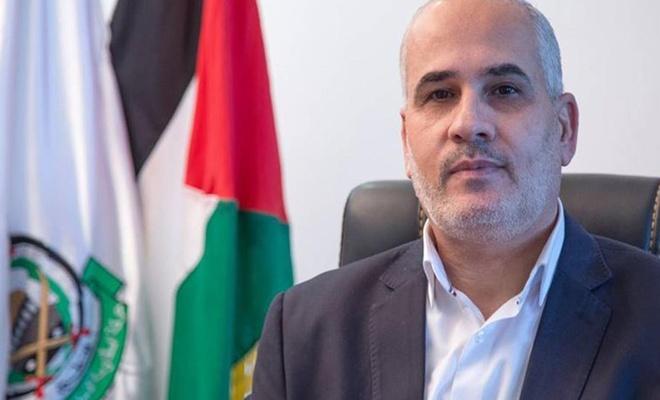 """""""حماس"""" تحمّل الاحتلال مسؤولية حياة معتقلين مضربين عن الطعام"""