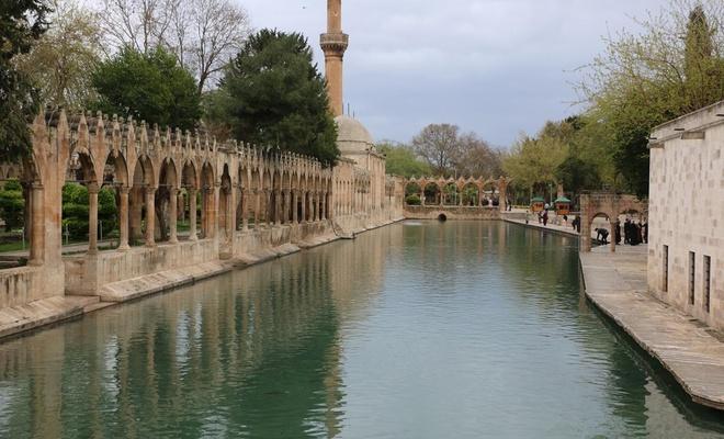 Peygamberler Şehri Şanlıurfa, en sakin pazar günlerinden birini yaşadı