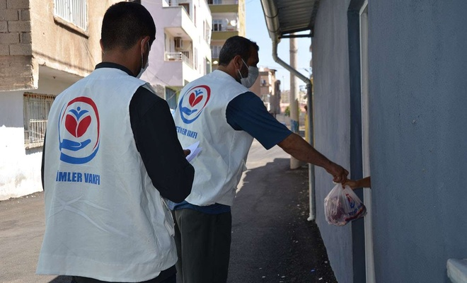 Diyarbakır'da binlerce aileye kurban eti dağıtıldı