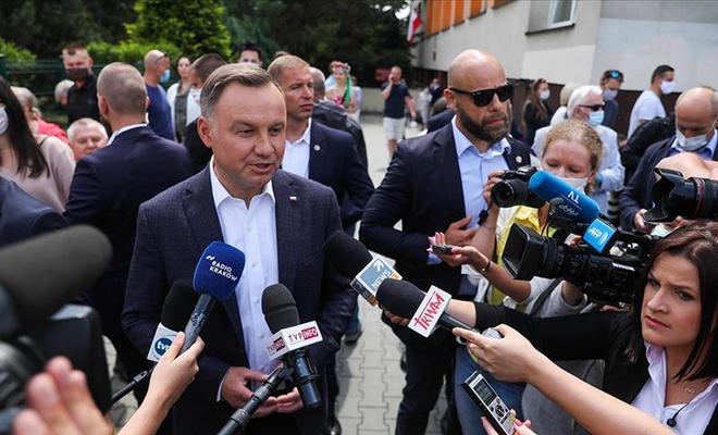 Polonya Cumhurbaşkanı Duda'nın Kovid-19 test sonucu pozitif çıktı