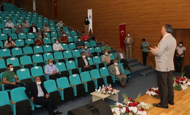 AİÇÜ Rektörü Prof. Dr. Karabulut basın mensuplarıyla bir araya geldi
