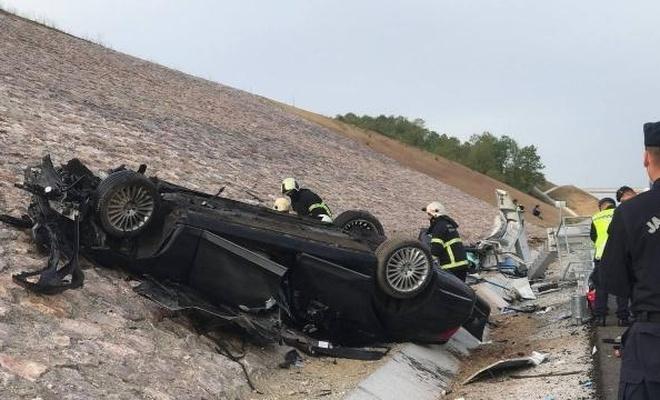 Konsolosluk aracı kaza yaptı: 4 ölü