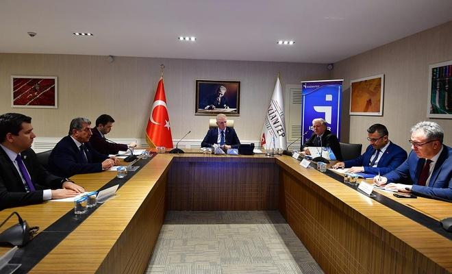 """Vali Davut Gül: """"Gaziantep'te işe yerleştirmeler hedeflenenin üzerinde"""""""