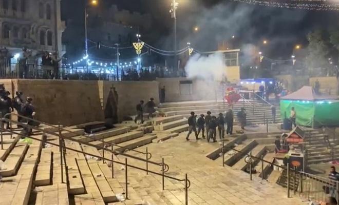 Siyonist işgal rejimi Filistinlilere ses bombalarıyla saldırıyor!