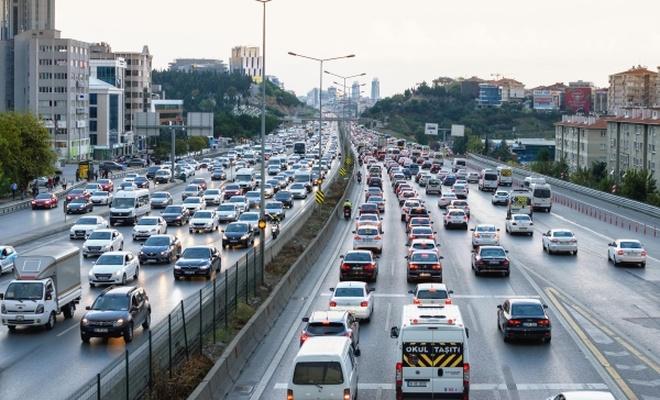 İstanbul`da pazar günü bazı yollar araç trafiğine kapatılacak