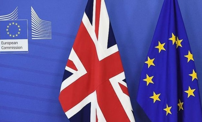 AB ile İngiltere arasında Brexit krizi sürüyor