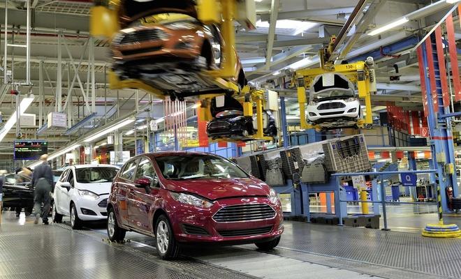 Ford üretimi durdurma süresini uzattı