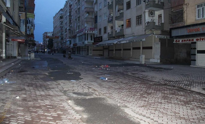 """""""Dükkânları açma-kapama saatleri"""" kararına Diyarbakır esnafından destek"""