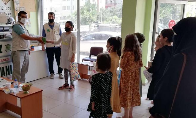 Çocuklardan Filistin'e anlamlı bağış