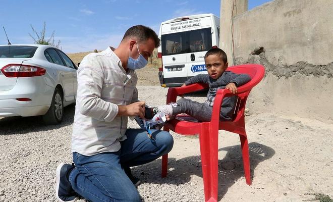 Van'da yürüme engelli miniklere medikal desteği